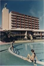The Desert Inn, poolside. Hughes occupied the top-floor.